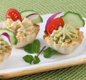 snacks - veggie hummus phyllo shells