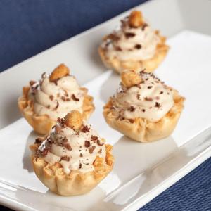 No-Bake Recipe: Mini Peanut Butter Pies